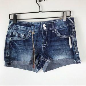 Amethyst jean shorts NWT size 7